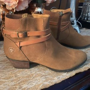 ariat booties
